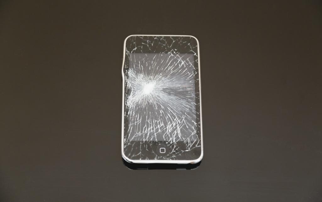 iPhone7の保証はApple Care+一択か。キャリア補償と徹底比較【SoftBank】【au】【docomo】